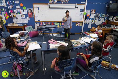新西兰小学音乐课